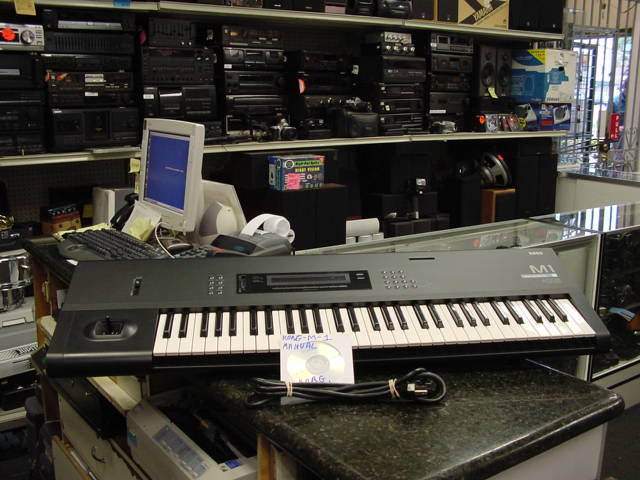 KORG M1 Music Workstation Keyboa