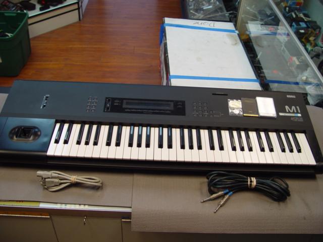 korg m1 music workstation keyboard synthesizer m 1 synth ebay. Black Bedroom Furniture Sets. Home Design Ideas